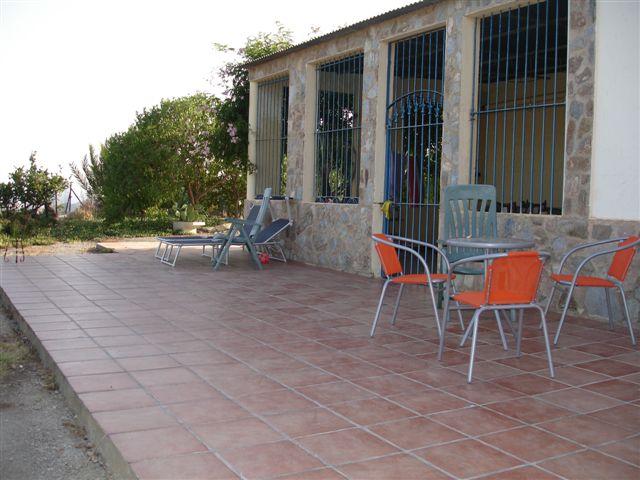 terras-voor-patio.JPG
